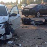 В Смоленской области столкнулись две иномарки (фото, видео)