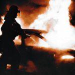 В Монастырщинском районе загорелась иномарка