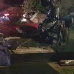 Под Смоленском иномарка врезалась в памятник матери Гагарина (видео)
