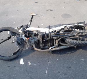 В Смоленской области 15-летний подросток на мопеде столкнулся с автомобилем