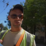 Видео: В Смоленске рабочий и активист устроили потасовку