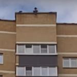 Видео: Смоленские дети устроили опасные игры на крыше 20-этажного дома