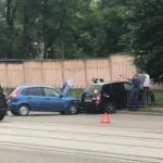 Автоледи пострадала в ДТП на Покровке