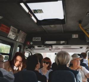 В Смоленской области водитель автобуса отказался везти инвалида и остальных пассажиров