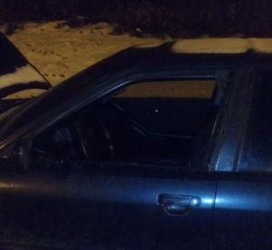 Неизвестные ночью обокрали автомобиль смолянина (фото)