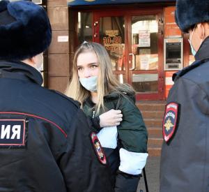 За нарушение масочного режима и самоизоляции на Смоленщине оштрафовали более 450 человек