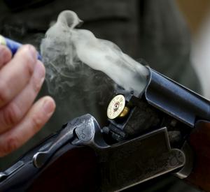 Правоохранители расследуют дело о стрельбе под Смоленском