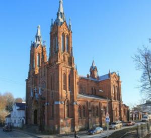 """В Смоленске активист пытается добиться через суд реставрации костела, который чудесным образом """"самовосстановился"""""""