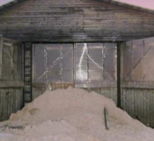 Под Смоленском доярки спасли из пожара около сотни коров