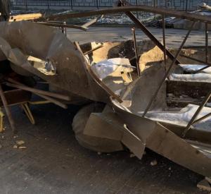 В Смоленске уничтожили горельеф на фасаде дома по проспекту Гагарина (фото, видео)