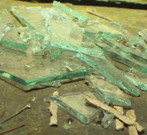 В Смоленской области грабитель с осколком стекла напал на пенсионерку (фото, видео)
