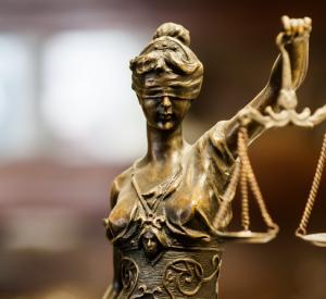 Смоленский суд решит судьбу бывшего руководителя МУПа