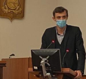 Под Смоленском член «Единой России» демонстративно вышел из партии (видео)