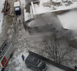 Смоляне сняли на видео пожар в сетевом магазине