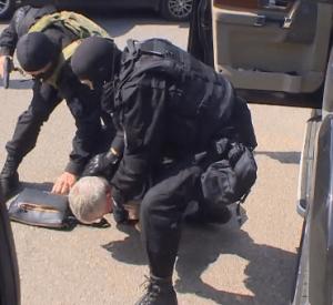 Задержание лидера банды рэкетиров в Смоленске попало на видео (фото,видео)