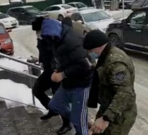 В Смоленске задержали жителя столицы за взятку таможеннику