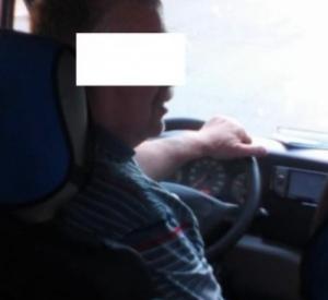 Водитель маршрутки в Смоленске высадил ребенка в мороз (фото)