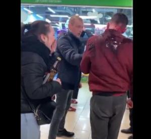 В одном из смоленских торговых центро произошла драка
