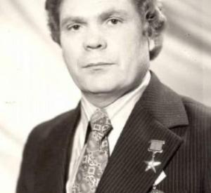 В областном центре не стало Герой Социалистического Труда Арнольд Двинянинов