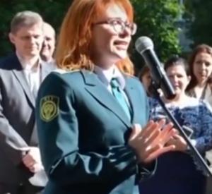 «Принцесса Смоленской таможни» частично признала вину (видео)