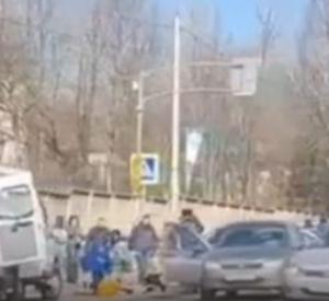 Губернатор Смоленской области поручил оказать помощь детям, пострадавшим в результате ДТП на улице Фрунзе