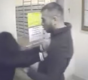 В Смоленске на жительницу Королёвки напал насильник?