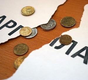 Под Смоленском глава животноводческой организации задолжал более 400 тысяч рублей своим сотрудникам