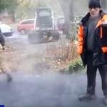 В Смоленске подрядные организации подозревают в нарушении технологии укладки асфальта (видео)