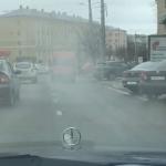 Дымящуюся маршрутку сняли на видео очевидцы