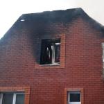 Под Смоленском молния ударила в жилые дома