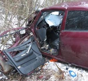 В Смоленской области 36-летний мужчина погиб после столкновения с автопоездом