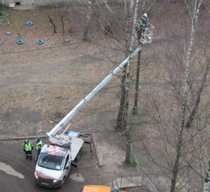 В Смоленске работы по замене уличных светильников выходят на завершающую стадию