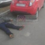 Невнимательный велосипедист пострадал от столкновения с припаркованной машиной