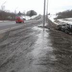Автомобиль «BMW 528» в Смоленской области вылетел в кювет