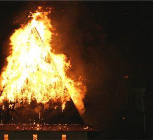 В Сафоновском районе сгорела дача