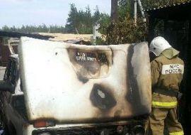 В Гагарине сгорел легковушка
