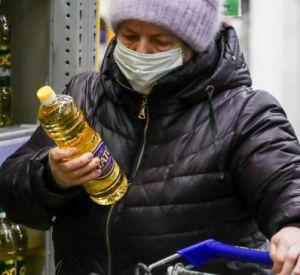 Российских пенсионеров и малоимущих хотят освободить от НДС