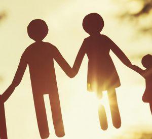Смоляне могут принять участие в опросе «Ваше отношение к браку и детям»