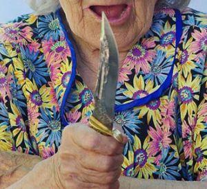 Под Смоленском бабушка пыталась зарезать спящего внука. Дело рассмотрели в суде