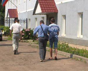В течение суток смоленские полицейские задержали подозреваемых в совершении группового изнасилования и убийства
