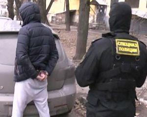 Амфетамин на сумму около полумиллиона  доставляли из Петербурга в Смоленск