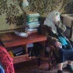 Смоляне помогли пенсионерке, которая вынуждена жить без газа и отопления