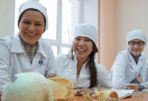 Студенты-медики в Смоленске получат стипендии в 2,5 тысячи рублей