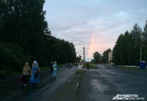 В городе Гагарине Смоленской области устанавливают поклонные кресты