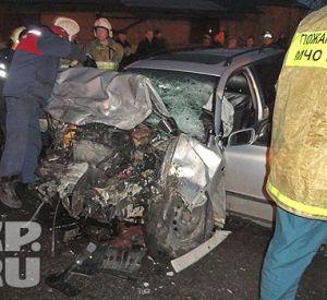 Страшная авария в Смоленске: легковой автомобиль столкнулся с маршруткой
