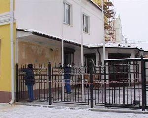 Отделение посольства Белоруссии в Смоленске пострадало от рук экстремиста