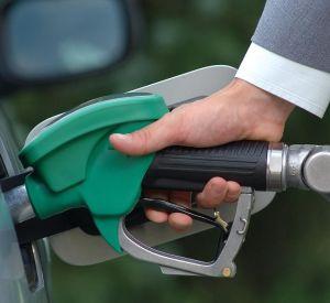 В Смоленске подешевел бензин
