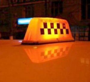 Смоленский таксист сбил на пешеходе девушку
