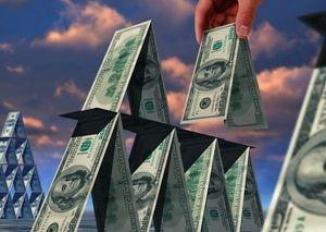 За год смоленский мошенник заработал 3 миллиона на обещаниях