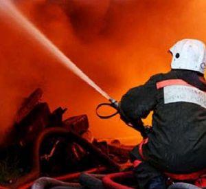 В Смоленске из-за пожара эвакуировали больше 100 человек